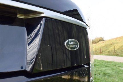Land Rover Range Rover Vogue Tdv6 (Glass Roof) 27