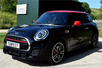 Mini Hatch Cooper Works 2