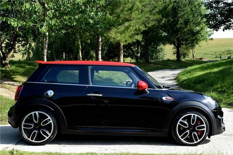 Mini Hatch Cooper Works Technical Data