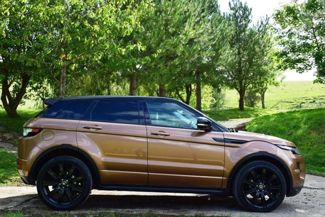Land Rover Range Rover Evoque Dynamic (Glass Roof) Technical Data