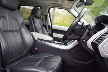 Land Rover Range Rover Sport Hse Dynamic S (Glass Roof) 9