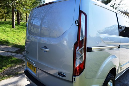 Ford Transit Custom Custom 290 Limited 15