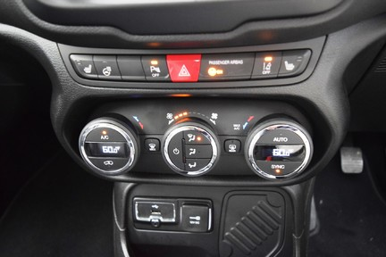 Jeep Renegade Limited 28