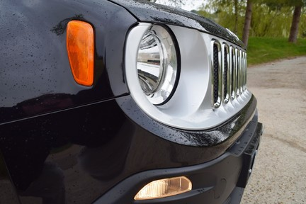 Jeep Renegade Limited 38