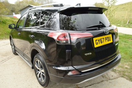 Toyota Rav 4 Business Ed Tss D-4D 33