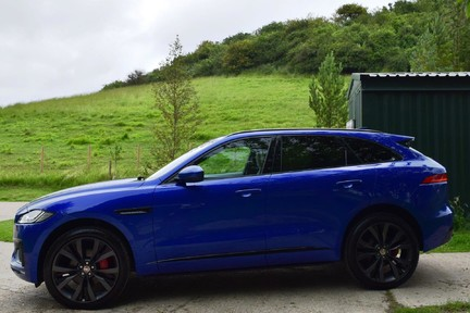Jaguar F-Pace 3,0 V6 First Edition AWD 13