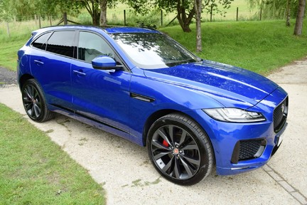 Jaguar F-Pace 3,0 V6 First Edition AWD 41