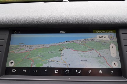 Land Rover Discovery Sport Sport HSE TD4 Automatic 32