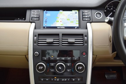 Land Rover Discovery Sport Sport HSE Si4 Automatic 27