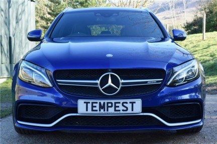 Mercedes-Benz C Class C63s High Specification 4