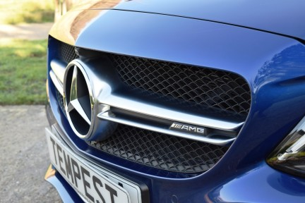 Mercedes-Benz C Class C63s High Specification 20