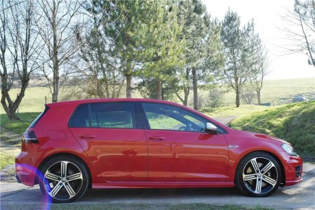 Volkswagen Golf R Technical Data
