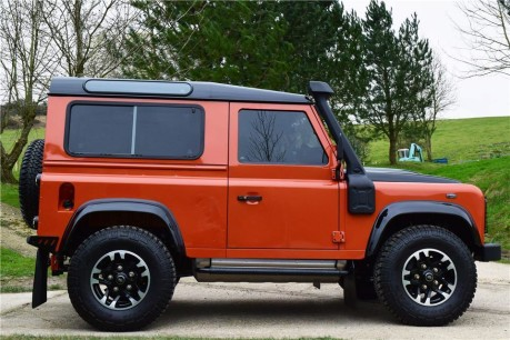 Land Rover Defender 90 Adventure (Only 300 miles) No Vat Technical Data