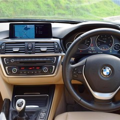 BMW 3 Series Xdrive Luxury 7