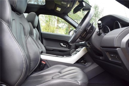 Land Rover Range Rover Evoque Dynamic (Glass Roof) 9