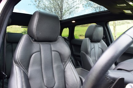 Land Rover Range Rover Evoque Dynamic (Glass Roof) 19