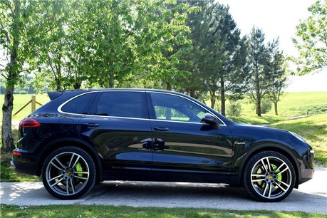 Porsche Cayenne S E-Hybrid Technical Data