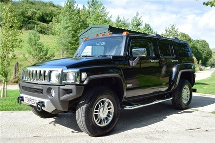Hummer H3 Right Hand Drive 2