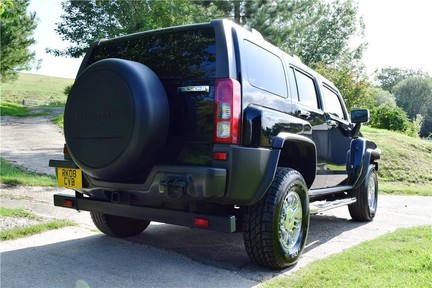 Hummer H3 Right Hand Drive 12