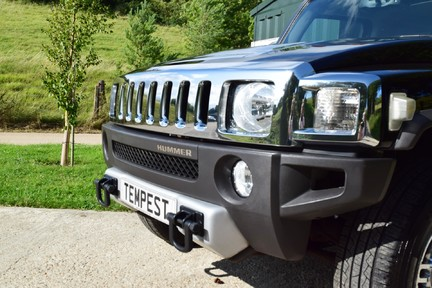 Hummer H3 Right Hand Drive 23