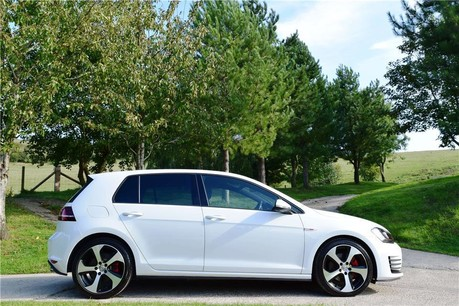 Volkswagen Golf Gti S-A Technical Data