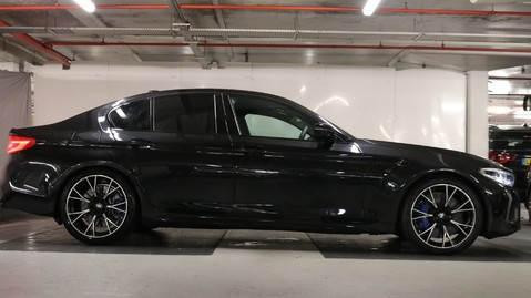BMW M5 Competition Saloon 9