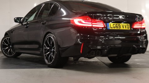 BMW M5 Competition Saloon 6