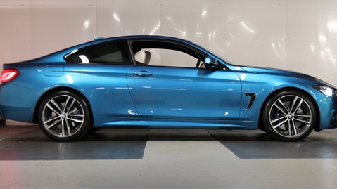 BMW 4 Series 440i M Sport Coupe 6