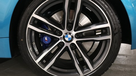 BMW 4 Series 440i M Sport Coupe 13