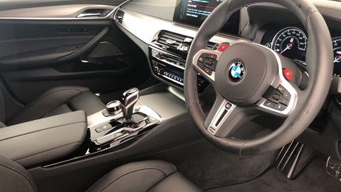 BMW M5 M5 Saloon 4