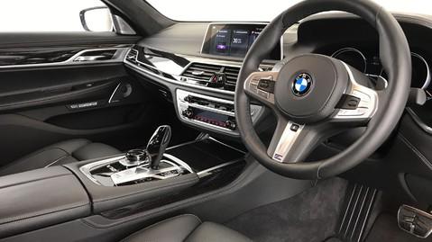 BMW 7 Series M760LI XDRIVE V12 5
