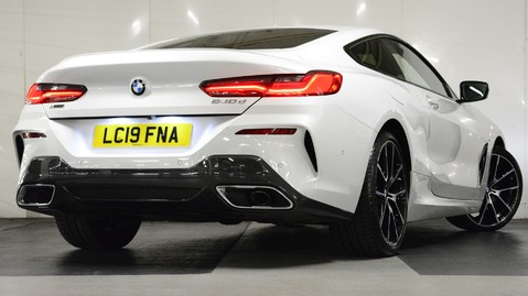 BMW 8 Series 840d xDrive Coupe Auto 5
