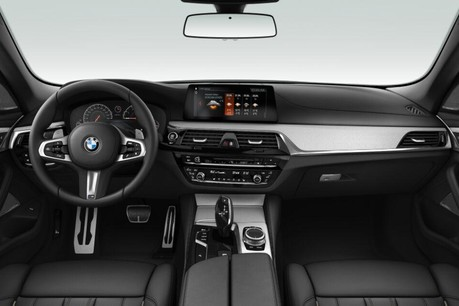 BMW 5 Series 520i M Sport Saloon 2