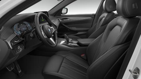 BMW 5 Series 530e M Sport Saloon AUTO 4