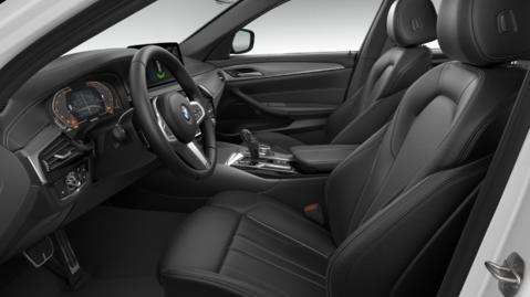 BMW 5 Series 520i M Sport Touring AUTO 4
