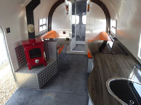 Airstream Silver Streak Clipper 3