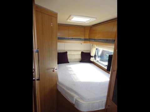 Auto-Trail Cherokee Frontier 8