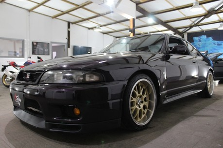 Nissan Skyline GT-R TWIN TURBO - IMPORT