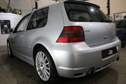 Volkswagen Golf R32 - LOW MILES | FULL HISTORY | NEW CLUTCH & FLYWHEEL | CARBON INDUCTION 8