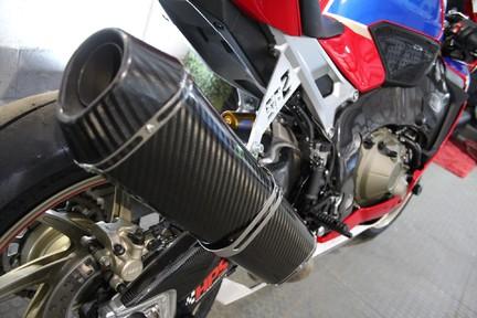 Honda CBR CBR 1000 RR FIREBLADE SP2 | 201BHP | 1 OWNER 11