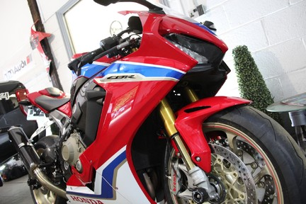 Honda CBR CBR 1000 RR FIREBLADE SP2 | 201BHP | 1 OWNER 22