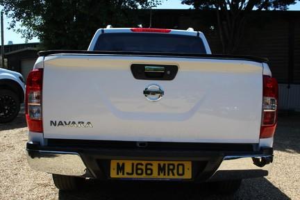 Nissan Navara DCI TEKNA 4X4 SHR DCB | ULEZ | EURO 6| PLUS VAT 8