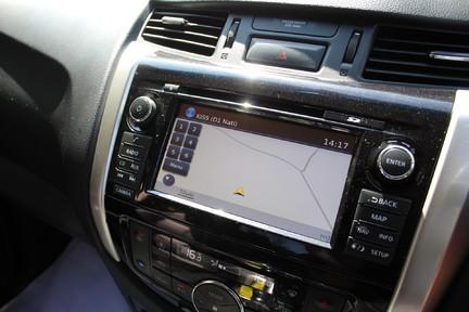 Nissan Navara DCI TEKNA 4X4 SHR DCB | ULEZ | EURO 6| PLUS VAT 18