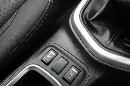 Nissan Navara DCI TEKNA 4X4 SHR DCB | ULEZ | EURO 6| PLUS VAT 14