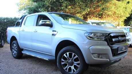 Ford Ranger LIMITED 4X4 DCB TDCI - PLUS VAT - FULL HISTORY - HEATED SEATS Video