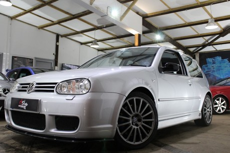 Volkswagen Golf R32 | LOW MILES | FULL HISTORY | LAST 4 SERVICES @ VW | BIG SPEC | MILLTEK