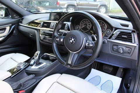 BMW 3 Series 330D XDRIVE M SPORT - SURROUND 360 CAMERAS- BODYKIT - CASHMERE LEATHER 35