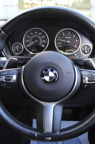 BMW 3 Series 330D XDRIVE M SPORT - SURROUND 360 CAMERAS- BODYKIT - CASHMERE LEATHER