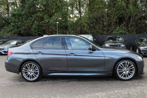 BMW 3 Series 330D XDRIVE M SPORT - SURROUND 360 CAMERAS- BODYKIT - CASHMERE LEATHER 4