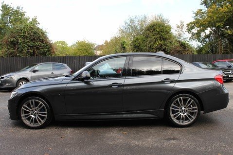 BMW 3 Series 330D XDRIVE M SPORT - SURROUND 360 CAMERAS- BODYKIT - CASHMERE LEATHER 7